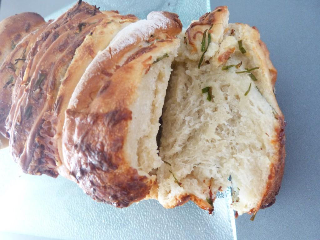 Pull apart bread ciboulette creme rape (18)