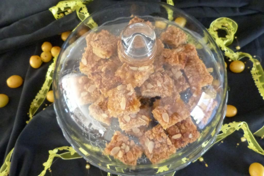 carrés gourmands prunes jaunes choc blanc amandes (19)