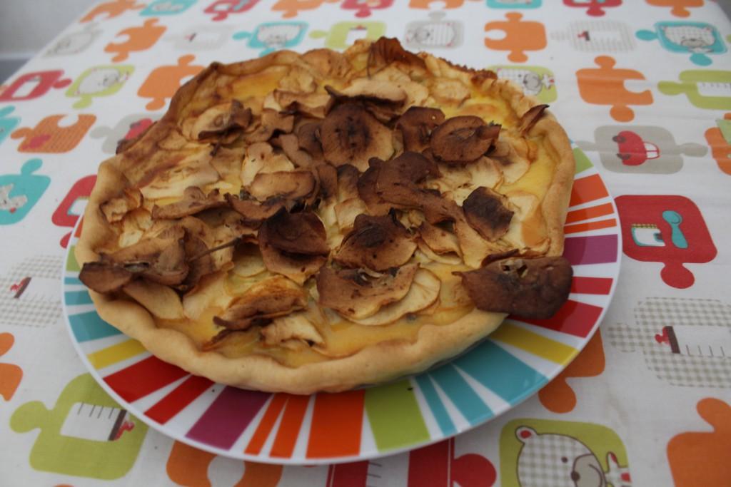 Tarte au lait concentré et pommes déshydratées (2)
