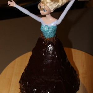reine-des-neiges-barbie-molly-cake-chocolat-14
