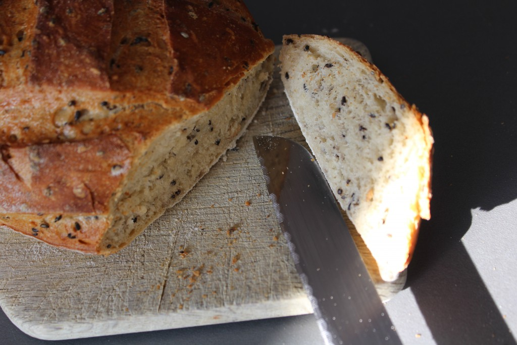 pain-multi-graines-courge-lin-noir-sesame-500-300-8