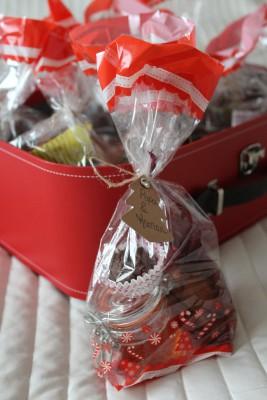 pochettes-gourmandes-chocolats-biscuits-noel-1